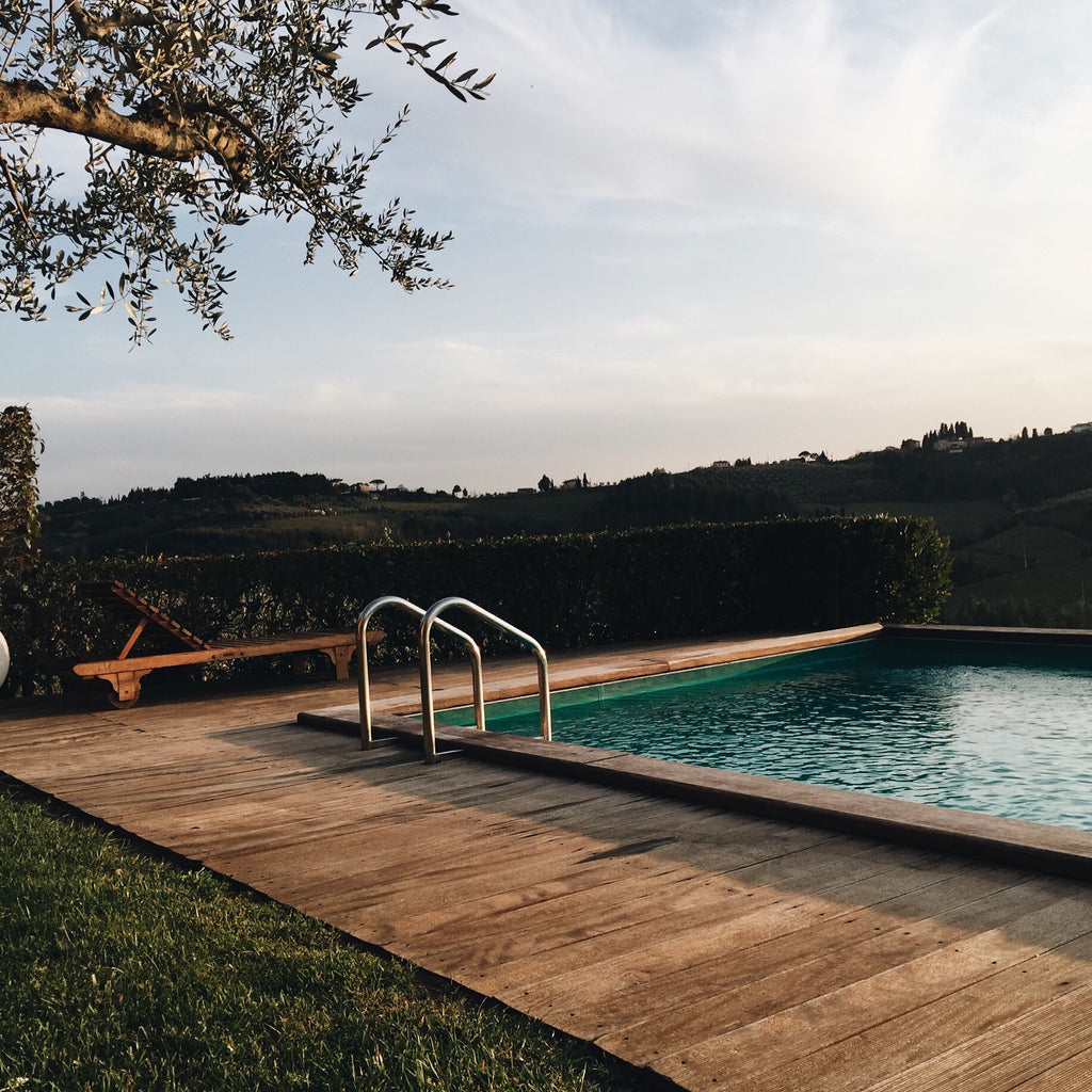 Italy, ceri hoover, ss17, handbag, pool, vacation, tuscany
