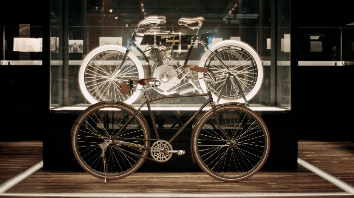 Harley - Davidson X Heritage Bicycles