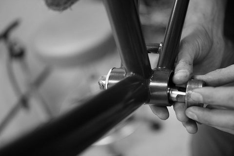 bicycle bottom bracket overhaul
