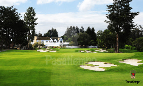 Professional Photograph of Hole #4