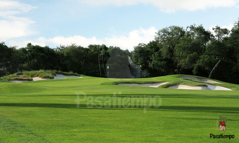 Professional Photograph of Hole #7
