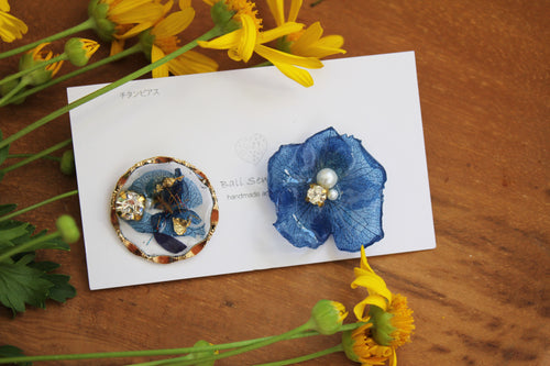 Hydrangea and Flower Medallion Titanium pierce (チタンピアス)- No.100