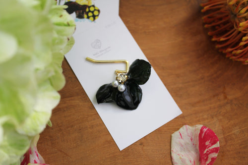 Black Flower Ponytail Hook - Hydrangea Hair Jewelry