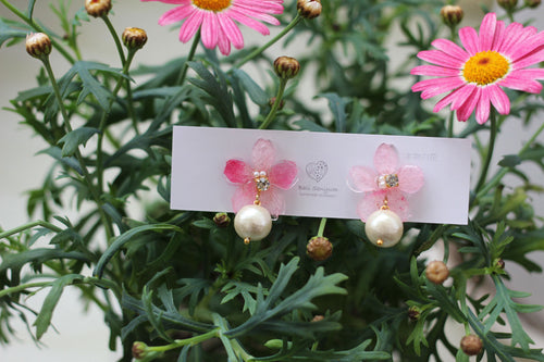 Sakura Earrings with Cotton Pearl - Medium