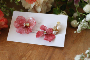 Asymmetrical Pink Hydrangea Earrings - Clip On and Titanium pierce (チタンピアス) - No.1