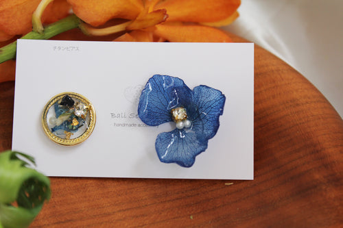 Hydrangea and Flower Medallion Titanium Pierce (チタンピアス)- No.111