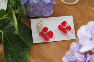Asymmetrical Hydrangea Earrings - Clip On and Titanium pierce (チタンピアス) - No.31