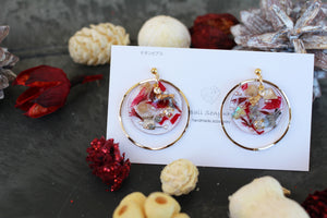 Christmas Floral Medallions with Golden Hoop