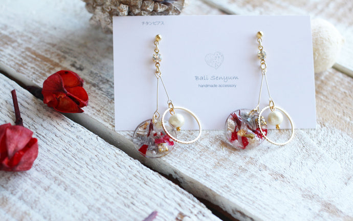 Christmas Floral Ring Earrings With Lightweight Cotton Pearls