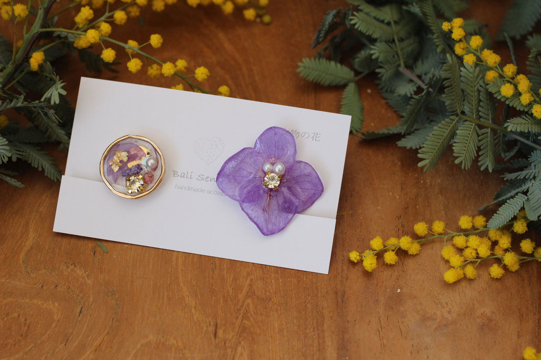 Purple Hydrangea and Flower Medallion Earring (イヤリング)