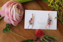 Triangular Floral Earrings With Seasonal Hydrangea No.12