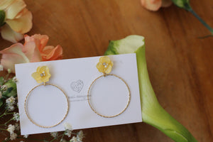 Yellow Hydrangea with Hoop No.6 (メッキピアス)