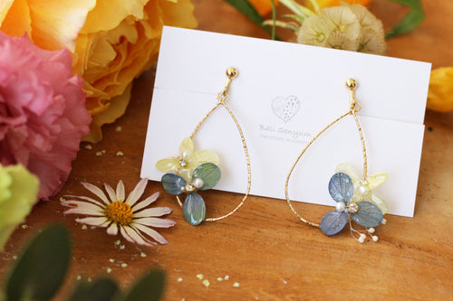 Teardrop Hoop Earrings with Yellow and Gradation Blue Hydrangeas - Limited item