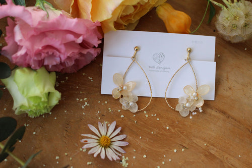 Teardrop Hoop Earrings with Orange and White Hydrangeas - Limited item