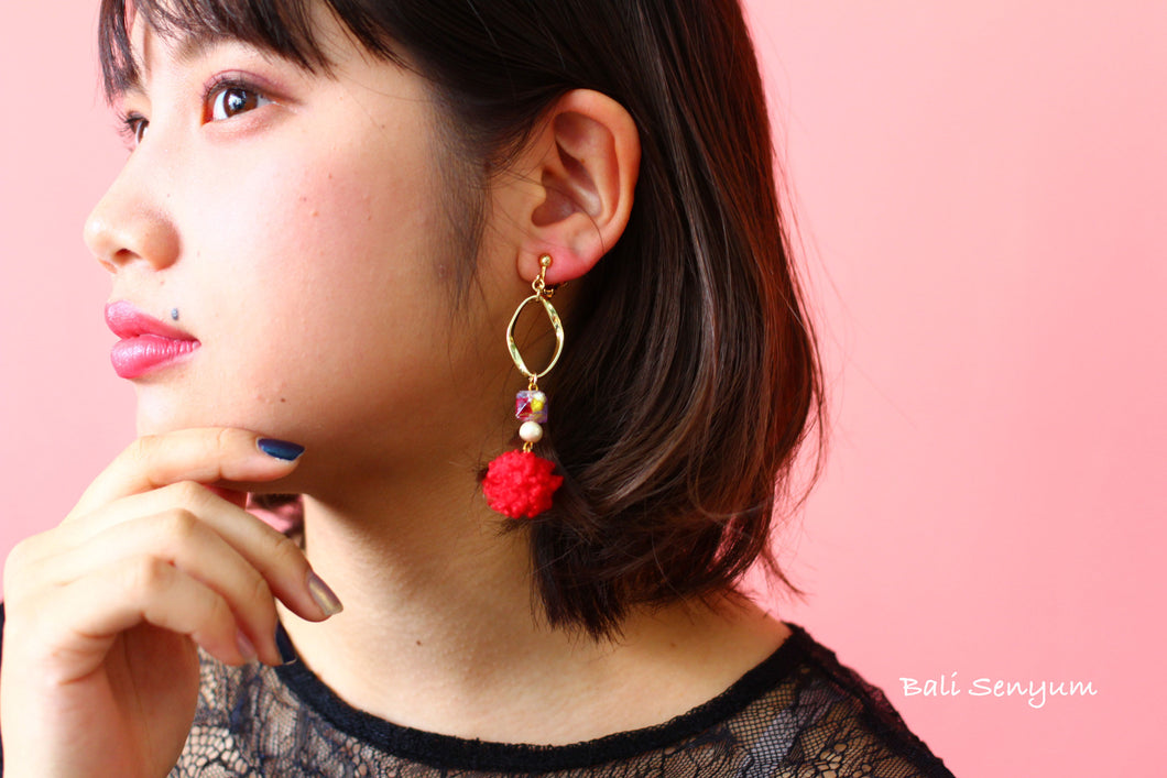 Toy Poodle Earring