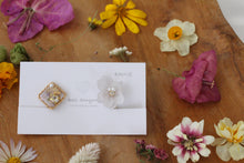 Hydrangea and Flower Medallion Gold Plated Clip-on (イヤリング)- No.17
