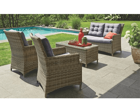 Outdoor Lounge - Essendon