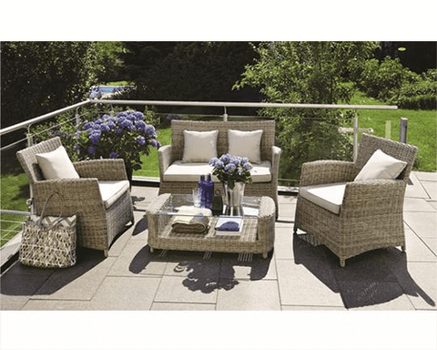 Outdoor Lounge - Glen Iris