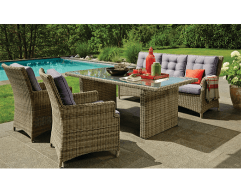 Outdoor Lounge - Alphington
