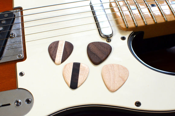 hardwood,wood,guitar,picks,set,handmade,iron,roots,design