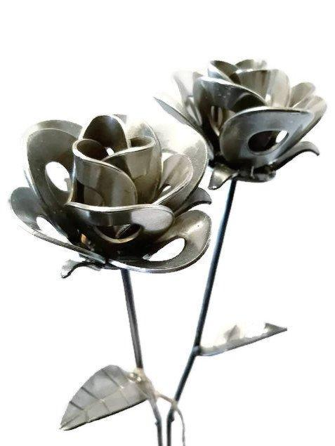 two,roses,steel,handmade,recycled