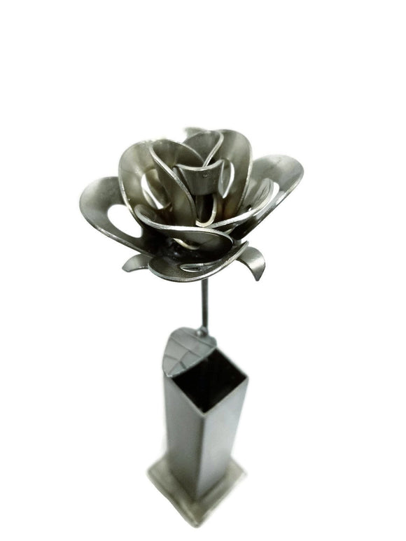 vase,rose,steel,handmade,recycled