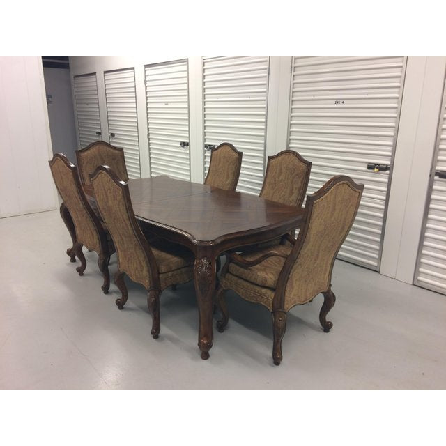 DREXEL HERITAGE FURNITURE BELLE MAISON CHERRY & MAHOGANY DINING TABLE &  CHAIR SET