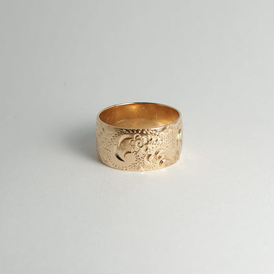 Floral Etched Gold Band