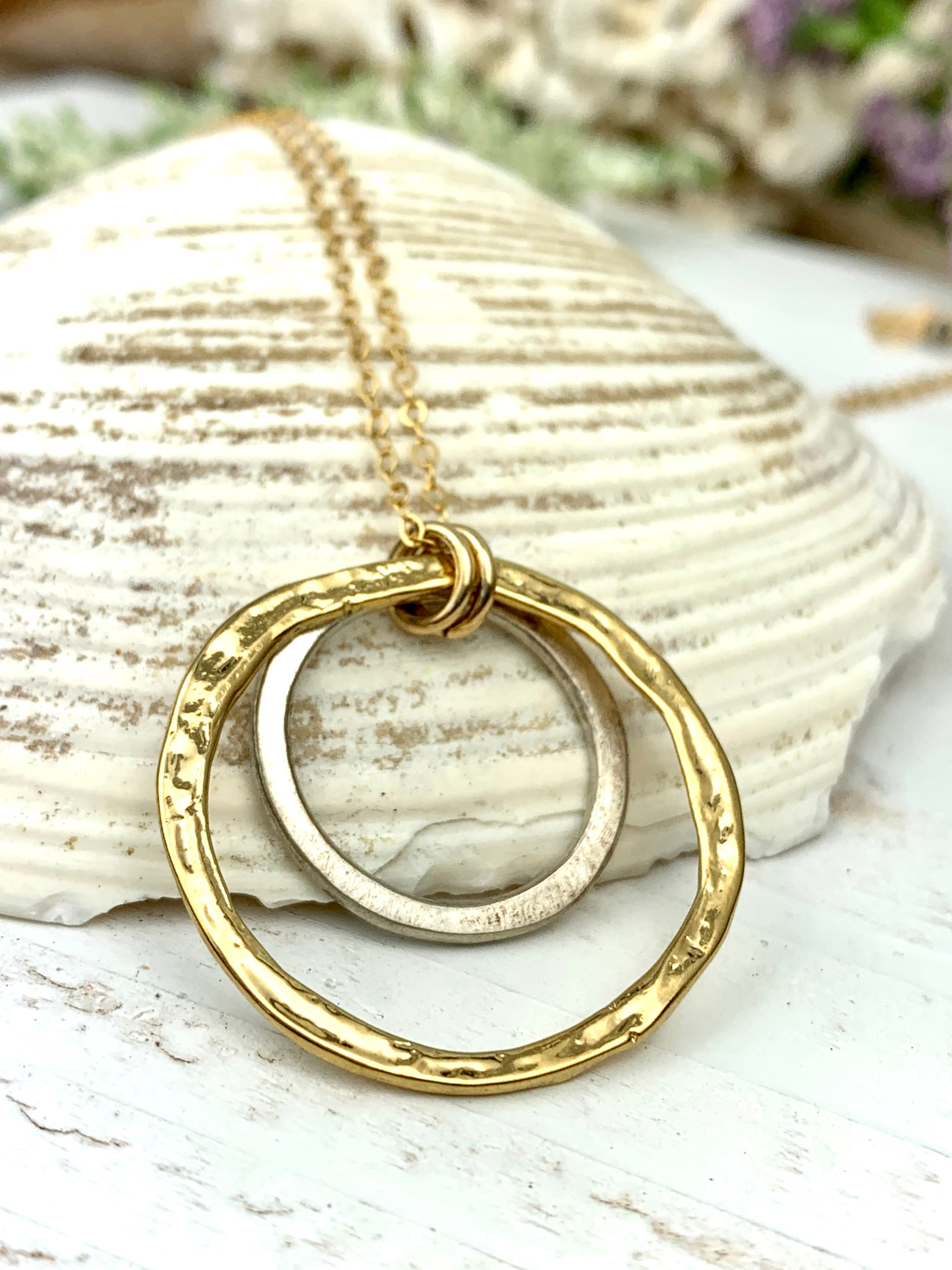 Double Hammered Rings Necklace