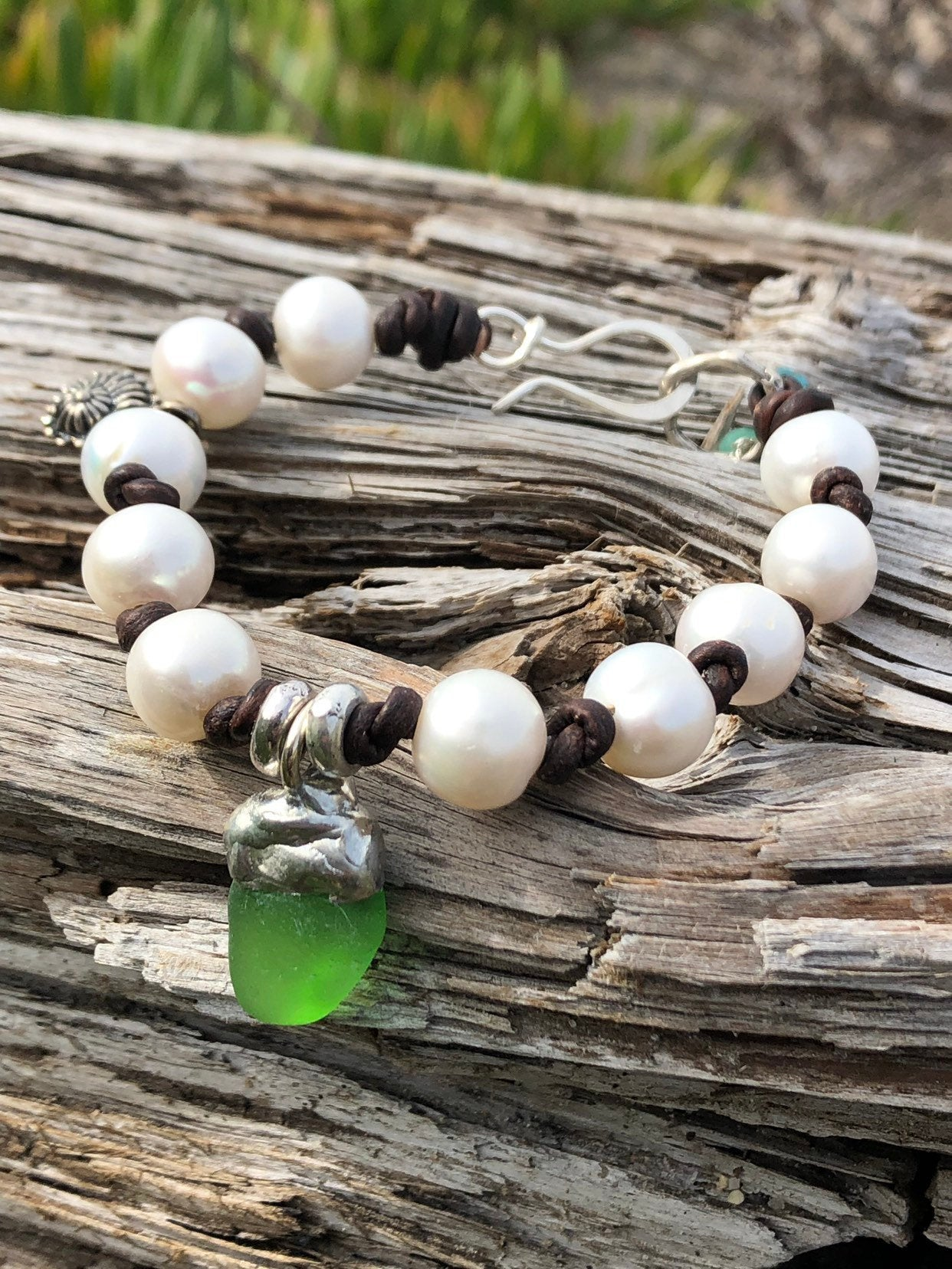 Sea Glass Bracelet with Pearls