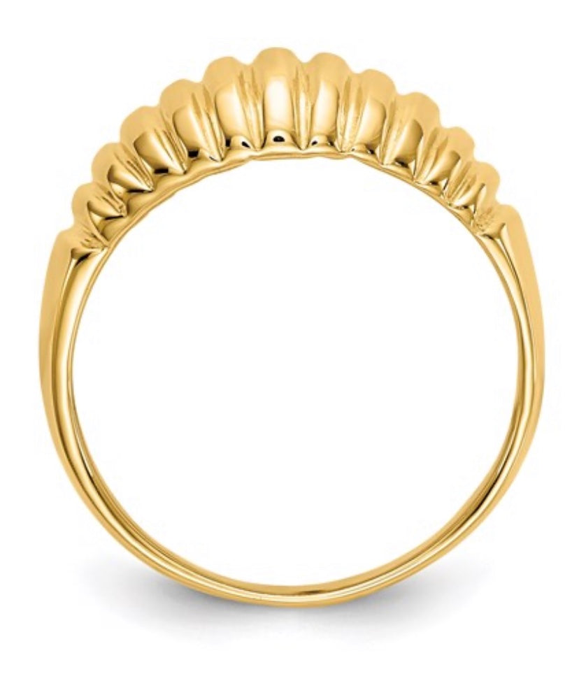 Ribbed Dome Ring