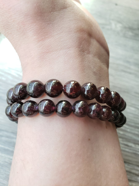 Star Garnet Stretch Bracelet - essentialchijewelry