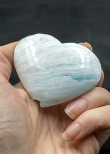 Caribbean Blue Calcite Heart 12AX