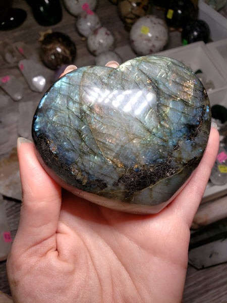 Blue Flash Labradorite Heart - essentialchijewelry