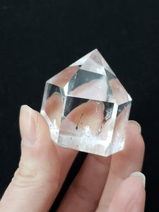Clear quartz point 14