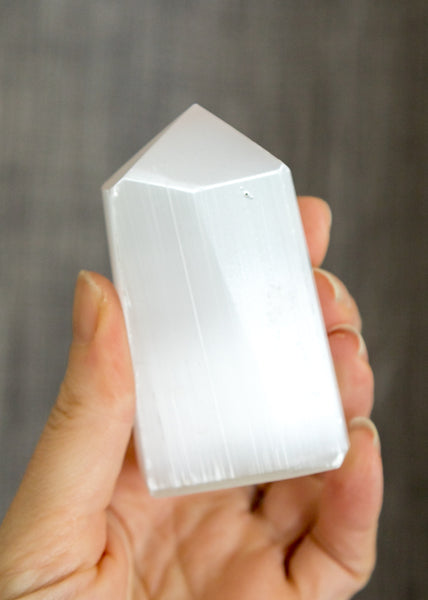 Selenite Tower 15I