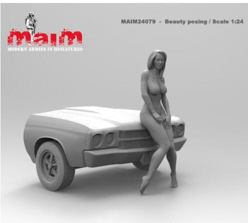 1/24 75mm Car Wash Girl Resin Model Miniature figure Unpainted