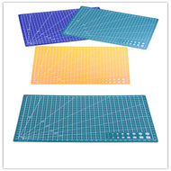 Cutting Mat: A4 Grid Lines Self Healing 8.27 × 11.69