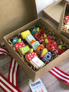 2 Gift box with cookies