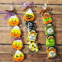 Load image into Gallery viewer, Halloween cookies in a bag