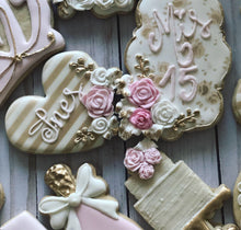 Load image into Gallery viewer, Quinceañera Theme Cookies (15th)