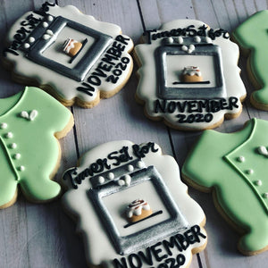 Baby announcement cookies gift