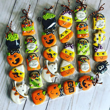 Load image into Gallery viewer, Halloween mini cookies in a bag