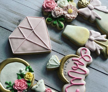 Load image into Gallery viewer, Bridal shower cookies gift
