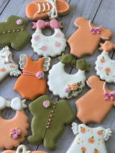 Load image into Gallery viewer, Girl Baby shower cookies