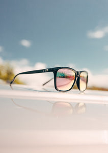 Monti Wayfarer sunglasses - Outside in the sun