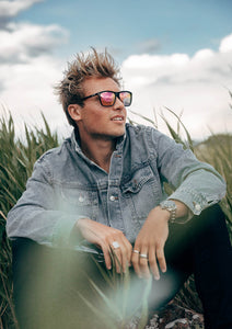 Monti Wayfarer sunglasses - On male model