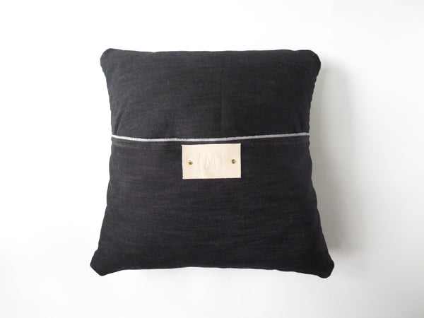 LEATHER JOEY PILLOW IN NUDE VEG TAN