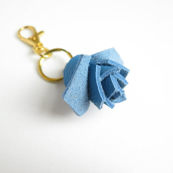 LEATHER ROSEBUD KEYCHAIN CHARM
