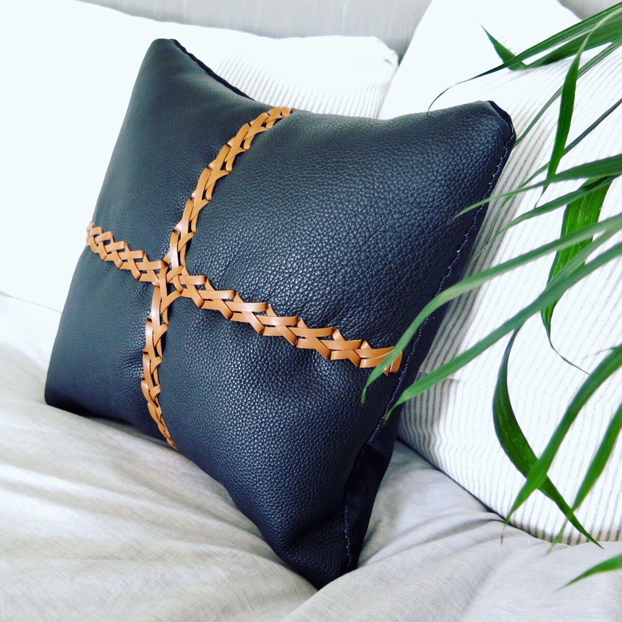 LEATHER JOEY PILLOW IN BLACK COWHIDE